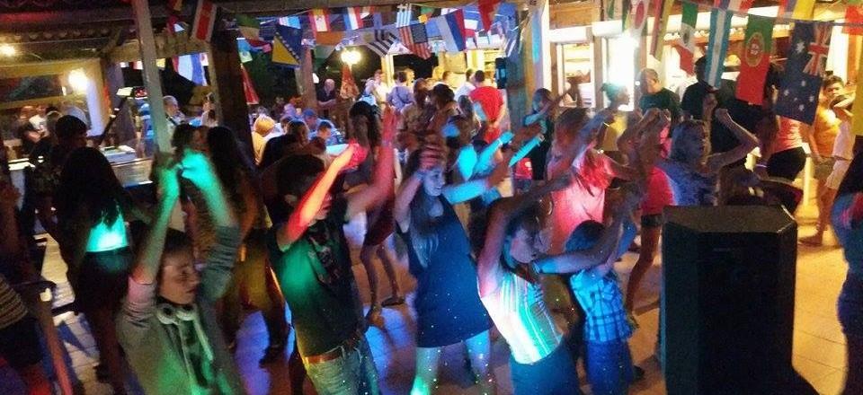 ACTIVITES soiree dansante